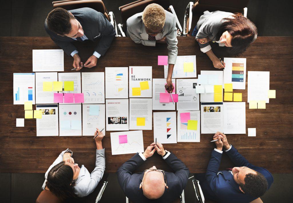 Acelere la agilidad organizacional, desde la experiencia de sus empleados.
